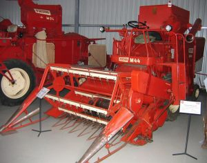 308-Mähdrescher-M44