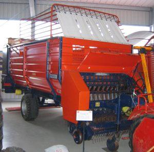 407-Erntewagen-E327